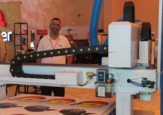 D7 9E D7 A0 D7 97 D7 9D, גלילון מדבקות, מדבקות a4, מדבקות עגולות להדפסה, מדבקות שקופות להדפסה, מכונה להדפסת מדבקות