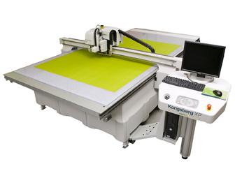 Kongsberg XP 300dpi1 4, שולחנות חיתוך, מדבקות לחיתוך צורני orafol, מכונת גימור tecnau, שולחנות חיתוך אסקו, שולחנות חיתוך esko